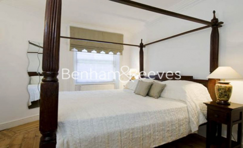 3 bedroom(s) flat to rent in Campden Hill Mansions, Edge Street, W8-image 4
