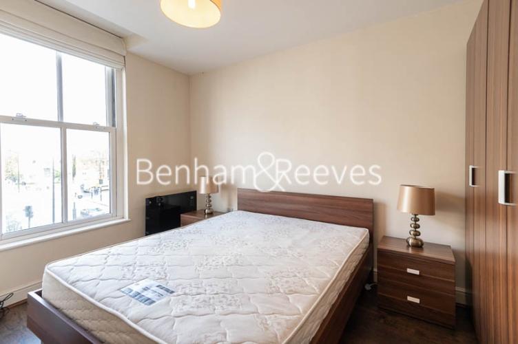 1 bedroom(s) flat to rent in Earls Court Road, Earl's Court, SW5-image 8