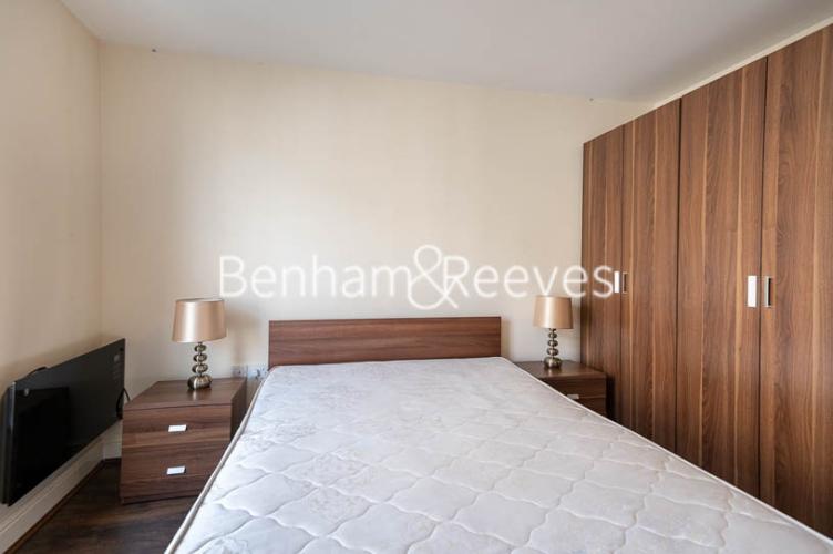 1 bedroom(s) flat to rent in Earls Court Road, Earl's Court, SW5-image 13