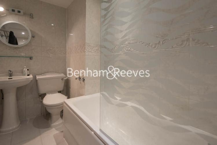 2 bedroom(s) flat to rent in Marloes Road, Kensington, W8-image 4