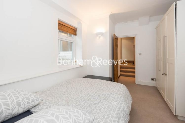 2 bedroom(s) flat to rent in Marloes Road, Kensington, W8-image 9