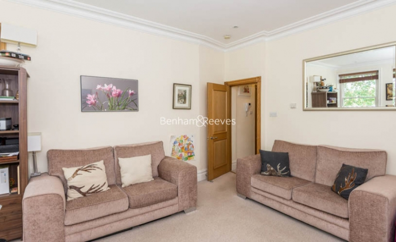 2 bedroom(s) flat to rent in Ashburn Gardens, Glouscester Road, SW7-image 2