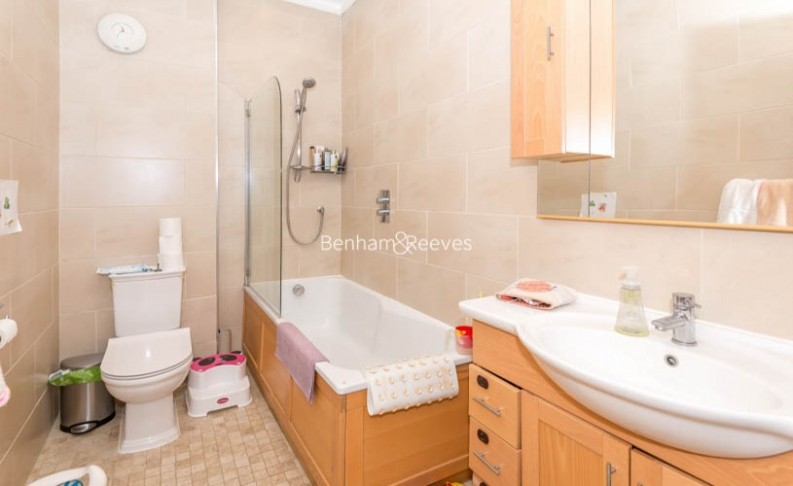 2 bedroom(s) flat to rent in Ashburn Gardens, Glouscester Road, SW7-image 7