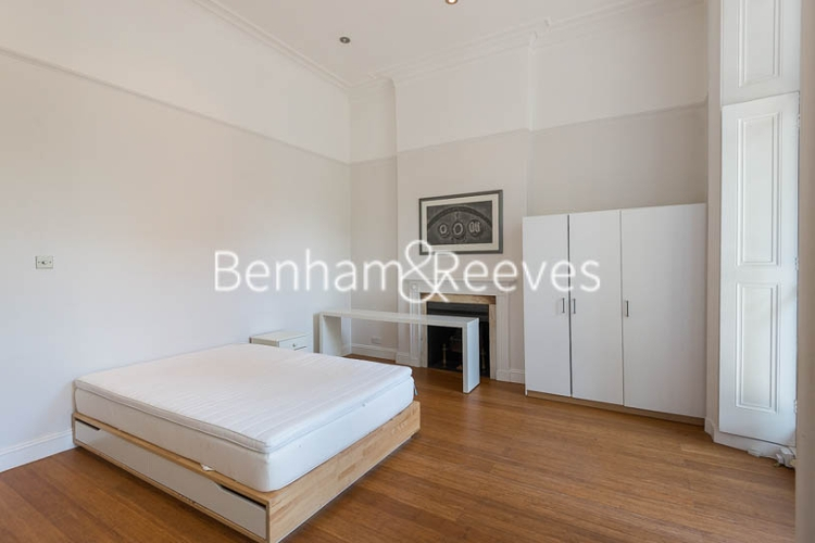 2 bedroom(s) flat to rent in Queen's Gate, South Kensington, SW7-image 1