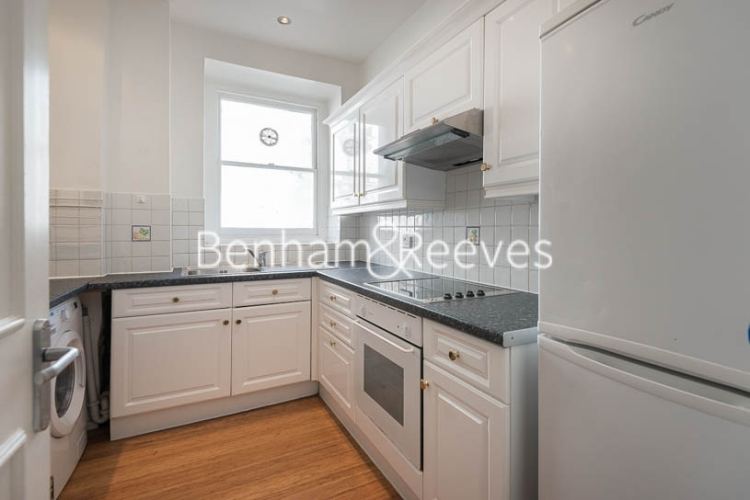 2 bedroom(s) flat to rent in Queen's Gate, South Kensington, SW7-image 2