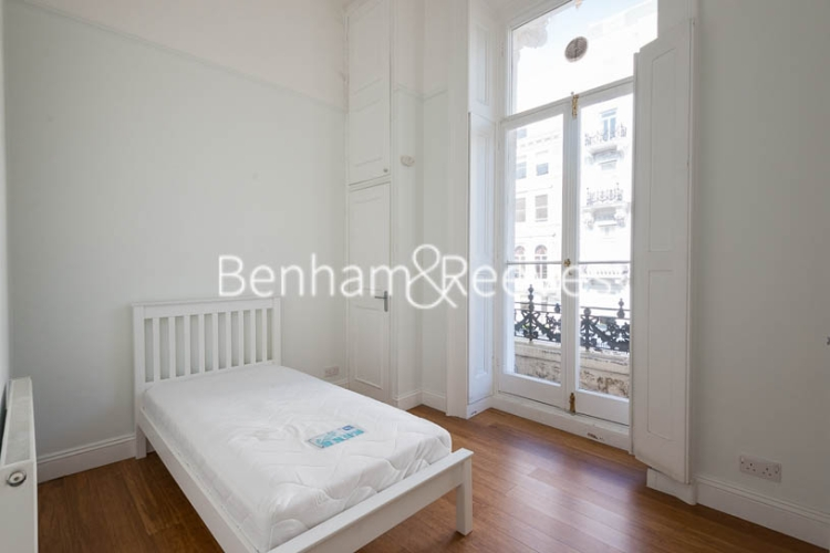 2 bedroom(s) flat to rent in Queen's Gate, South Kensington, SW7-image 11