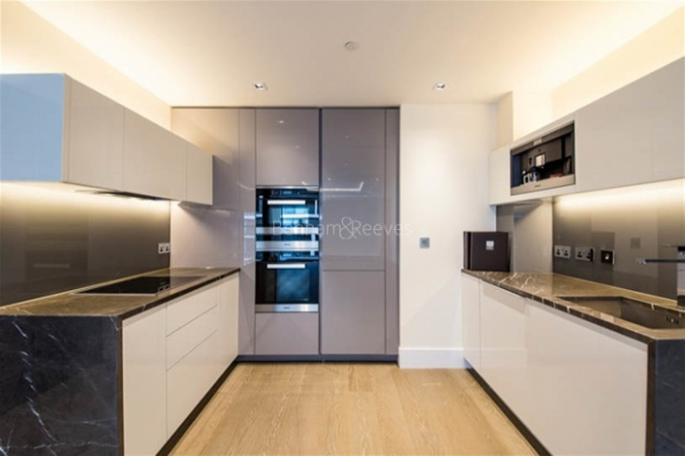 3 bedroom(s) flat to rent in Kensington High Street, West Kensington, W14-image 2