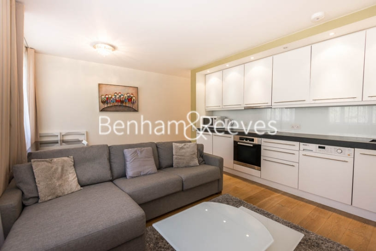 1 bedroom(s) flat to rent in Palace Gate, Kensington, W8-image 1
