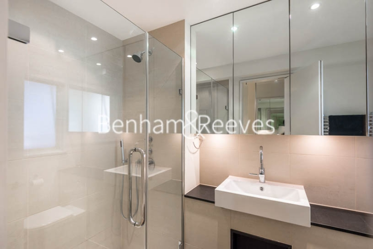 1 bedroom(s) flat to rent in Palace Gate, Kensington, W8-image 4