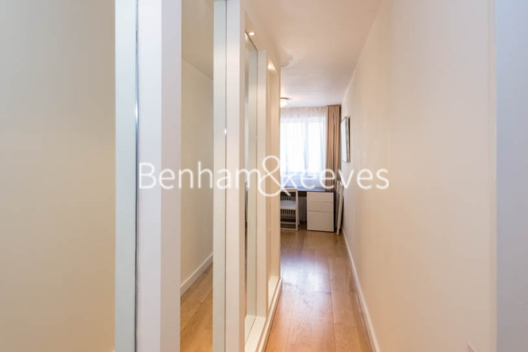 1 bedroom(s) flat to rent in Palace Gate, Kensington, W8-image 8