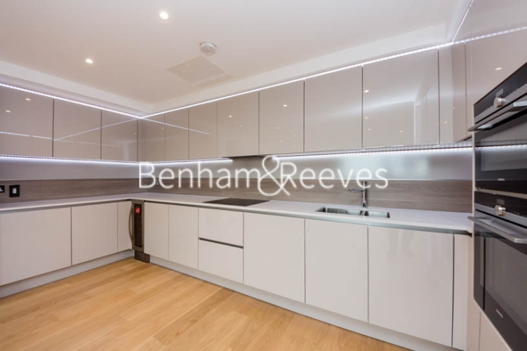 3 bedroom(s) flat to rent in Holland Park Avenue, City, W11-image 2
