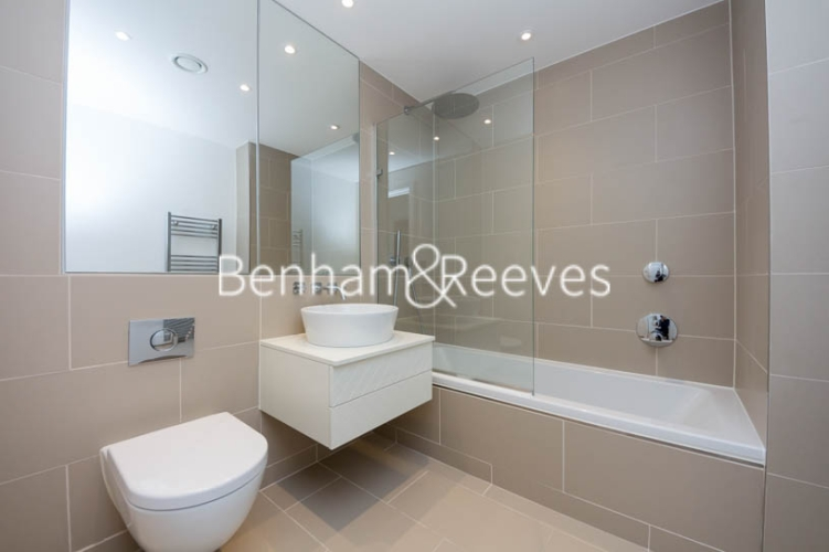 3 bedroom(s) flat to rent in Holland Park Avenue, City, W11-image 3