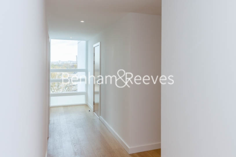 3 bedroom(s) flat to rent in Holland Park Avenue, City, W11-image 9