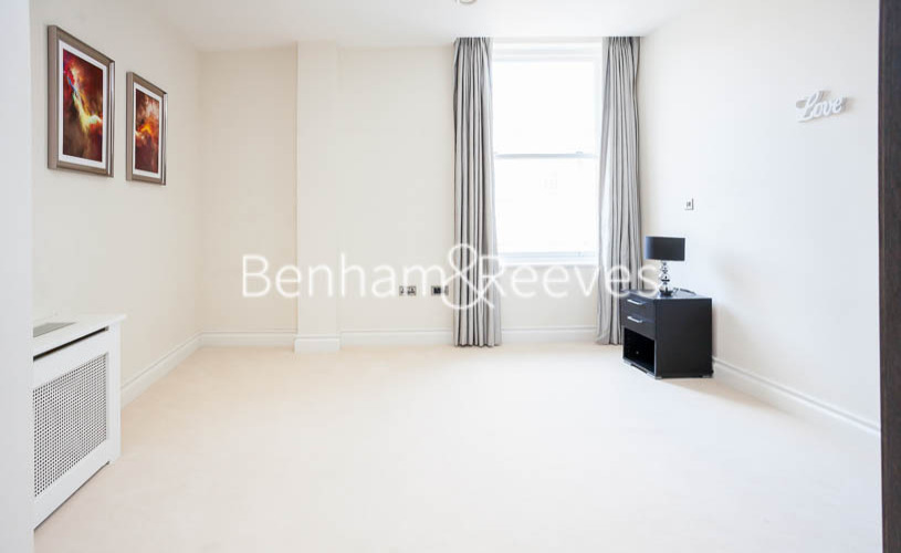 1 bedroom(s) flat to rent in Kensington High Street, Kensington, W8-image 3
