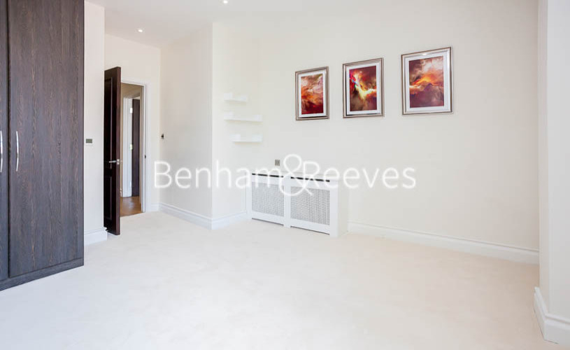 1 bedroom(s) flat to rent in Kensington High Street, Kensington, W8-image 8