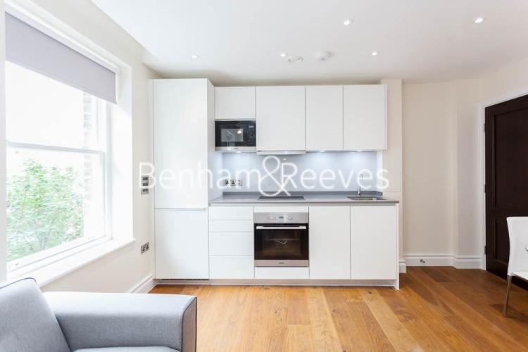 Studio flat to rent in Kensington High Street, Kensington, W8-image 2