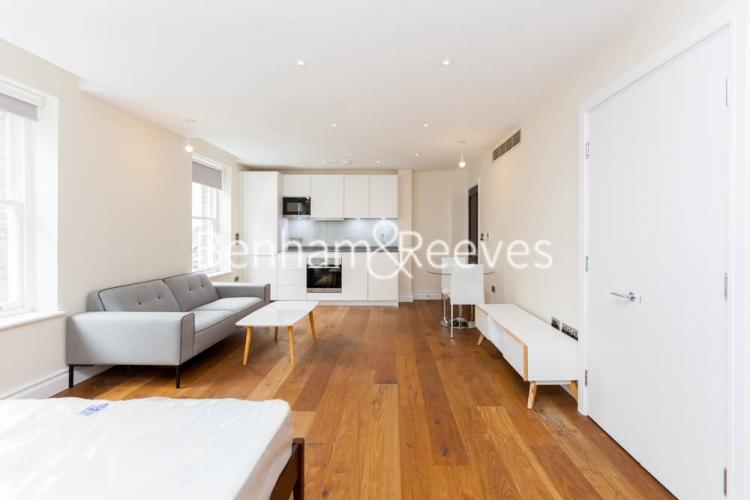 Studio flat to rent in Kensington High Street, Kensington, W8-image 10