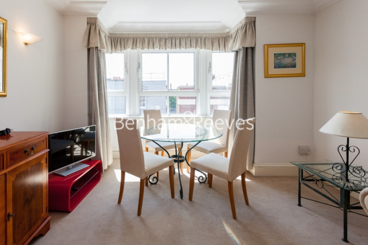 1 bedroom(s) flat to rent in Wrights Lane, Kensington, W8-image 3