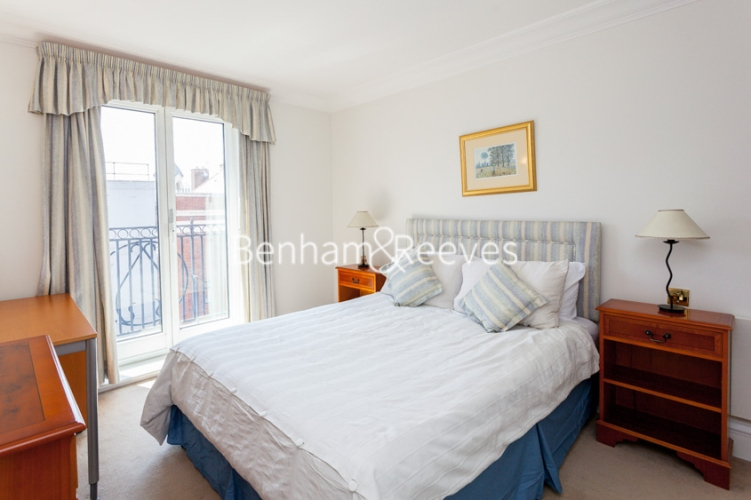 1 bedroom(s) flat to rent in Wrights Lane, Kensington, W8-image 4