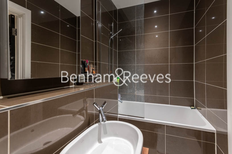 1 bedroom(s) flat to rent in Kensington High Street, Kensington, W8-image 4