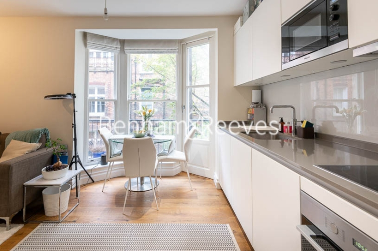 1 bedroom(s) flat to rent in Kensington High Street, Kensington, W8-image 12