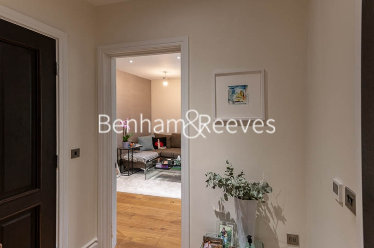 1 bedroom(s) flat to rent in Kensington High Street, Kensington, W8-image 14