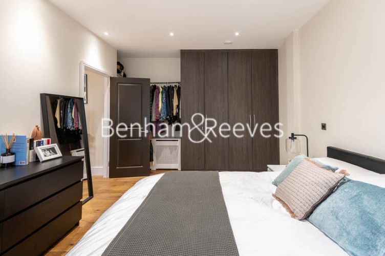 1 bedroom(s) flat to rent in Kensington High Street, Kensington, W8-image 15