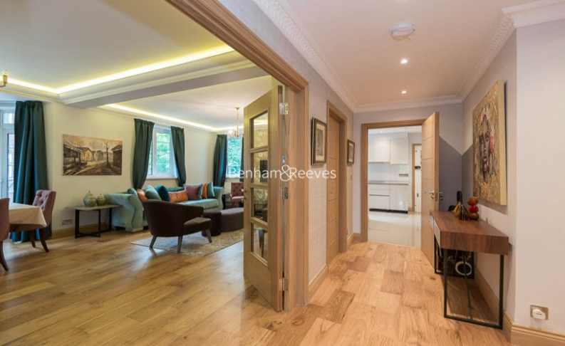 3 bedroom(s) flat to rent in Marlborough Court, Pembroke Road, W8-image 14