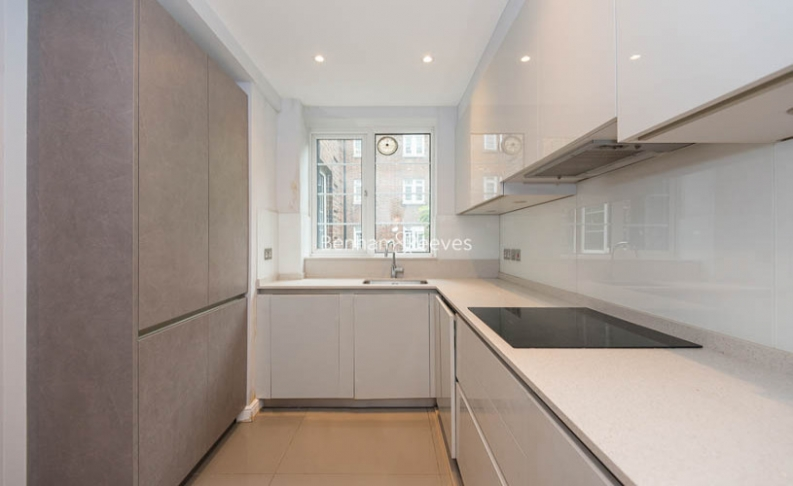 3 bedroom(s) flat to rent in Marlborough Court, Pembroke Road, W8-image 15