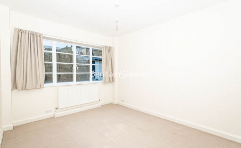 3 bedroom(s) flat to rent in Winchester Court, Vicarage Gate, W8-image 10