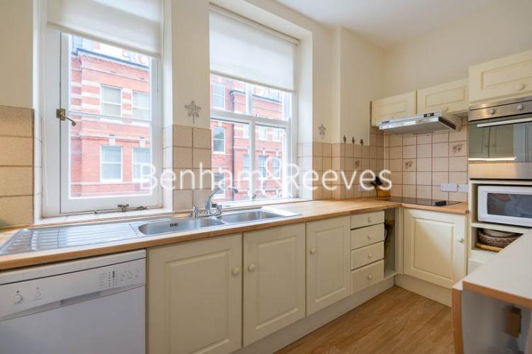 2 bedroom(s) flat to rent in Kensington Court, Kensington, W8-image 2