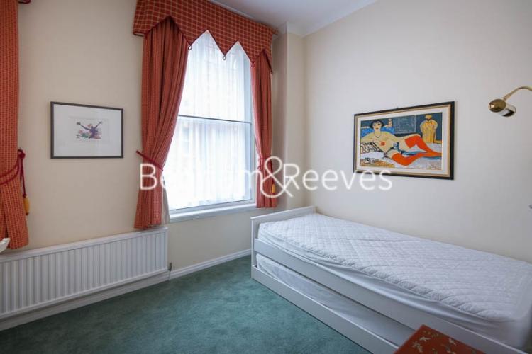 2 bedroom(s) flat to rent in Kensington Court, Kensington, W8-image 8