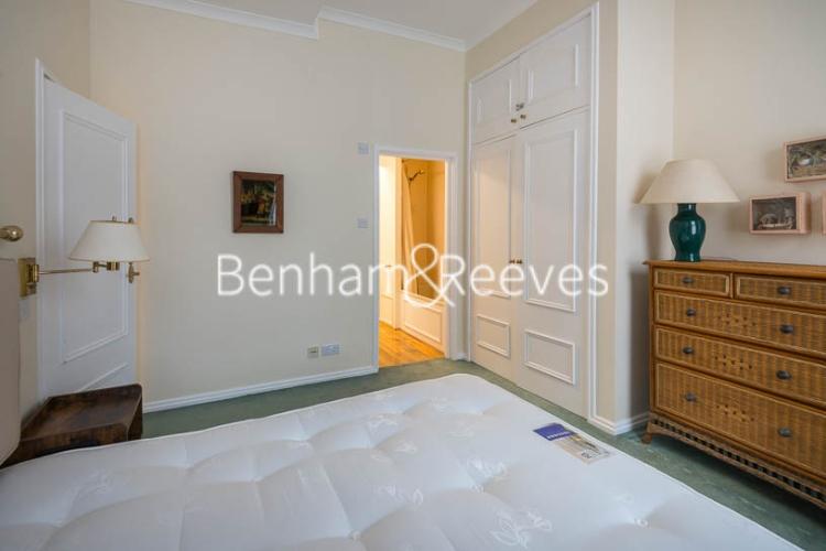 2 bedroom(s) flat to rent in Kensington Court, Kensington, W8-image 11