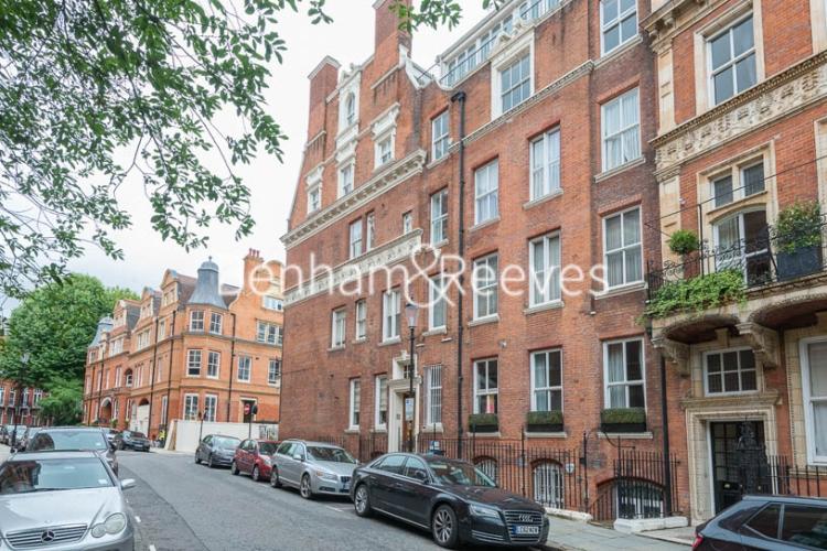 2 bedroom(s) flat to rent in Kensington Court, Kensington, W8-image 12