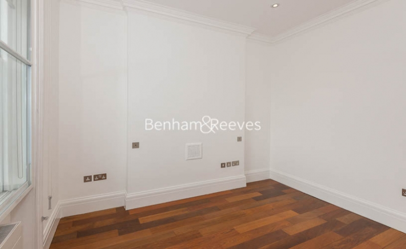 2 bedroom(s) flat to rent in Campden Hill Gardens, Kensington, W8-image 3