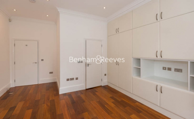 2 bedroom(s) flat to rent in Campden Hill Gardens, Kensington, W8-image 13