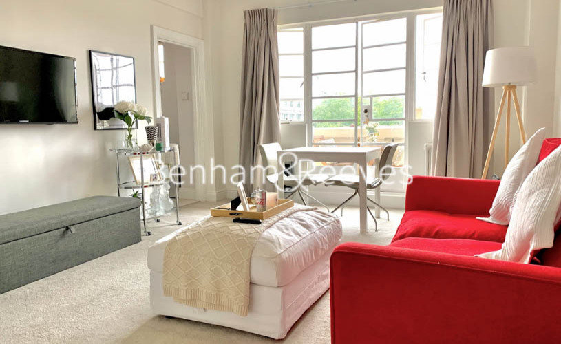 Studio flat to rent in Palace Gardens, Notting Hill, W8-image 5