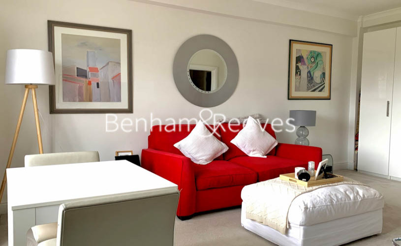 Studio flat to rent in Palace Gardens, Notting Hill, W8-image 6