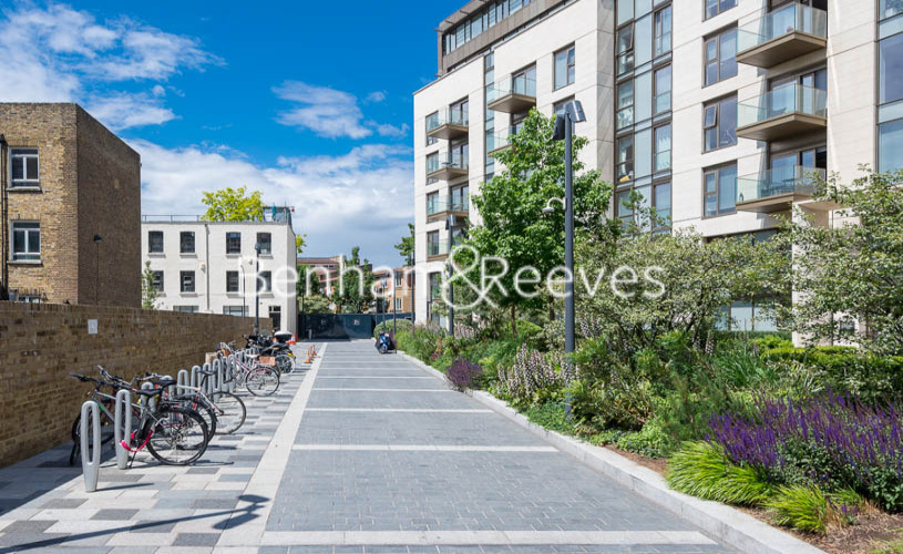 1 bedroom(s) flat to rent in Lillie Square, Earls Court, SW6-image 10