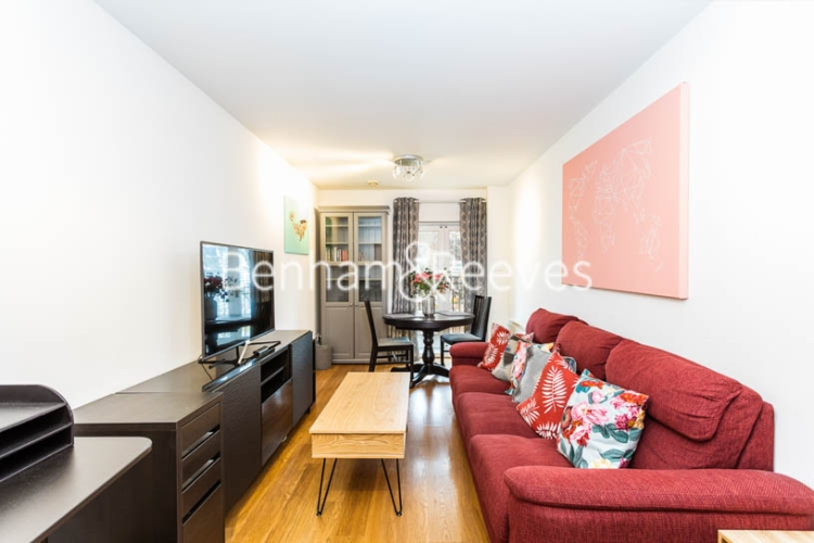 1 bedroom(s) flat to rent in Ashmore House, Russell Road, W14-image 1