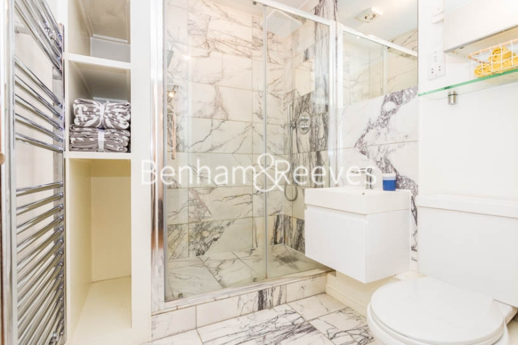 1 bedroom(s) flat to rent in Ashmore House, Russell Road, W14-image 9