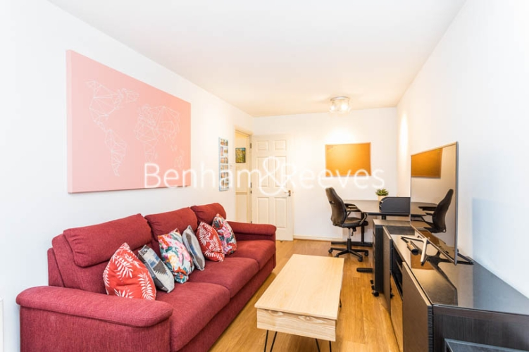 1 bedroom(s) flat to rent in Ashmore House, Russell Road, W14-image 11