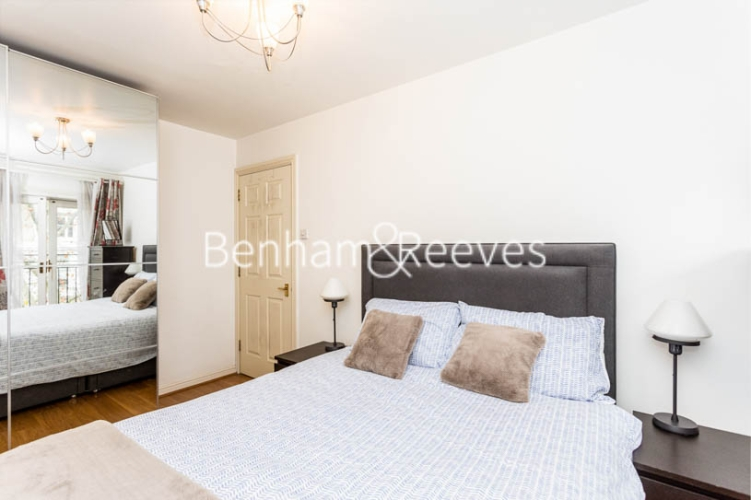 1 bedroom(s) flat to rent in Ashmore House, Russell Road, W14-image 12