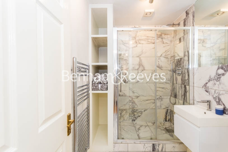 1 bedroom(s) flat to rent in Ashmore House, Russell Road, W14-image 13