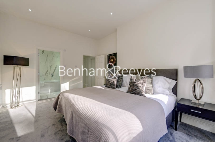 4 bedroom(s) flat to rent in Lexham Gardens, Kensington, W8-image 8