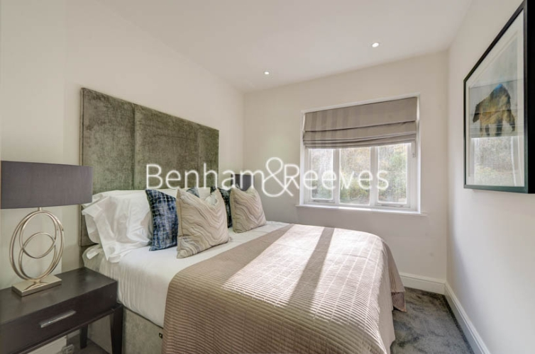 4 bedroom(s) flat to rent in Lexham Gardens, Kensington, W8-image 11