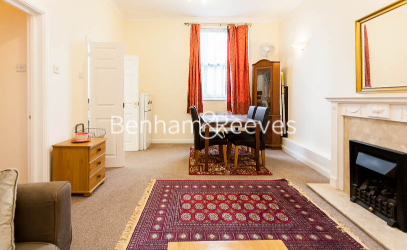 2 bedroom(s) flat to rent in Notting Hill Gate, Kensington, W11-image 1