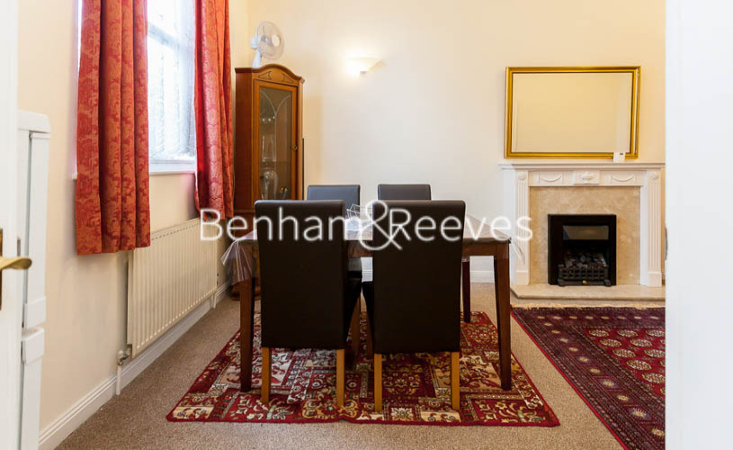 2 bedroom(s) flat to rent in Notting Hill Gate, Kensington, W11-image 2