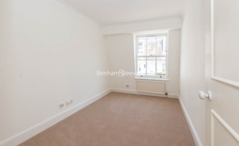 3 bedroom(s) house to rent in Canning Place Mews, Kensington, W8-image 9