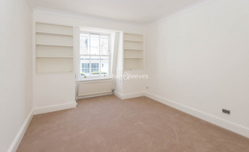 3 bedroom(s) house to rent in Canning Place Mews, Kensington, W8-image 10